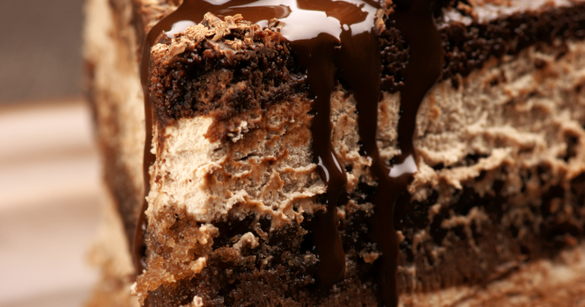 Royal Chocolate Cake Images : royal-chocolate-cake-fb.png