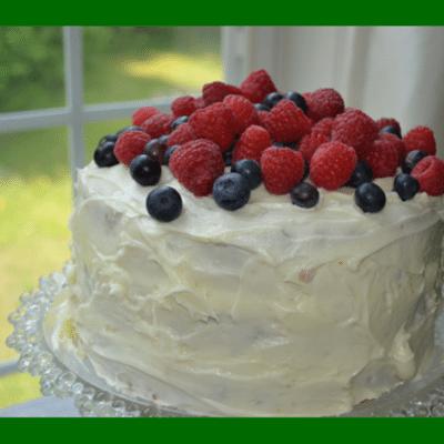 cake-hummingbird-