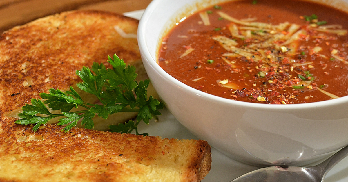 Rachael Ray: Spicy Tomato Soup + Garlic Bread Grilled Cheeses